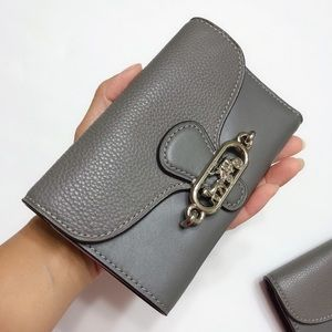 ⭐️ Brand New COACH Medium Envelope Wallet